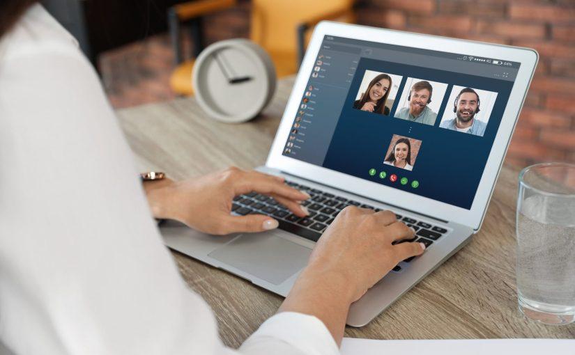Reuniones virtuales, no basta sentarse frente a lapantalla