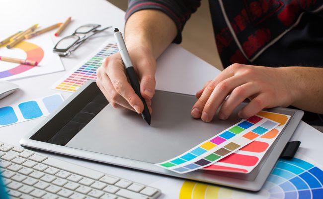 """Los diseñadores """"marcan"""" lasmarcas"""